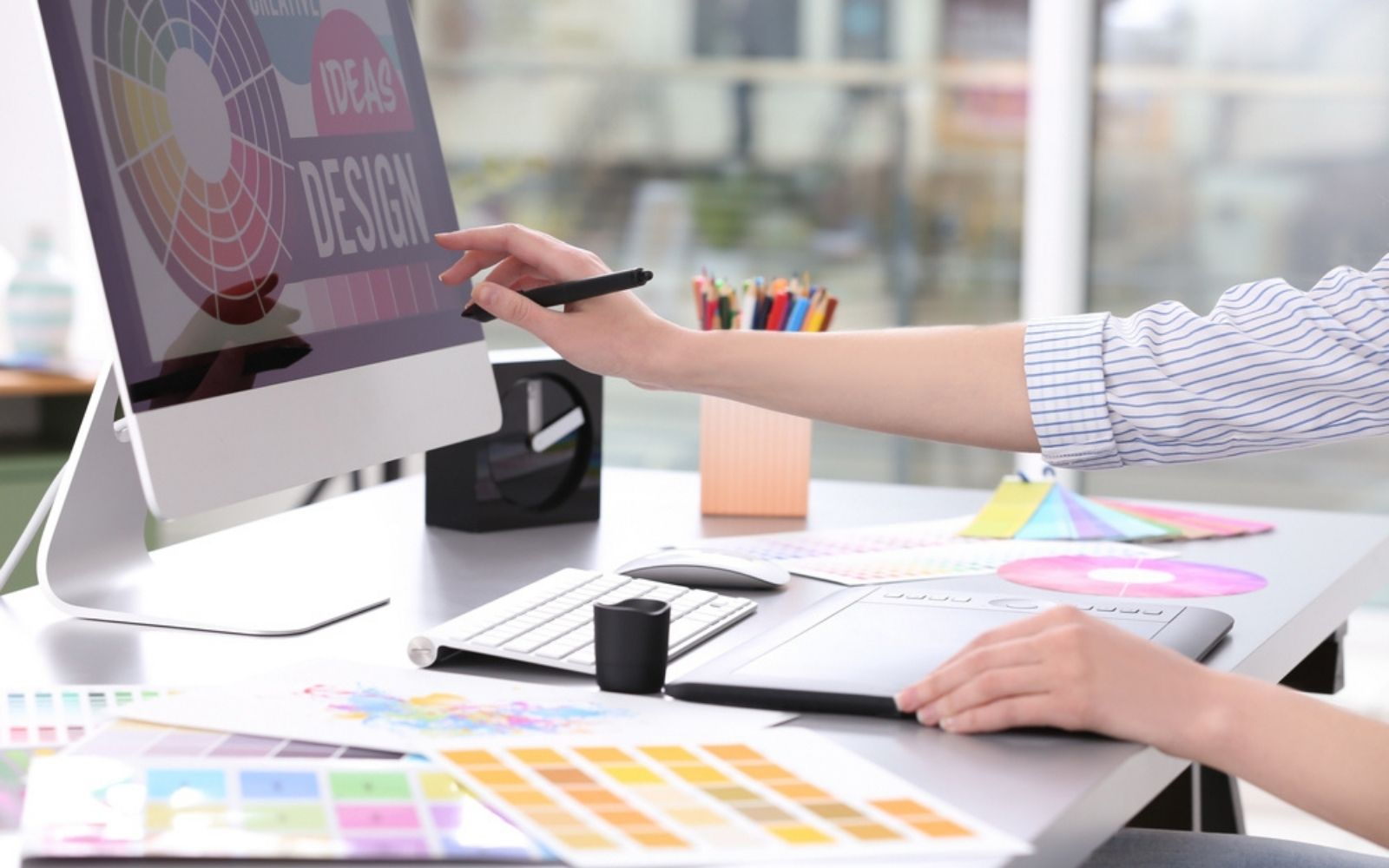 Best Graphic Design Software (Free and Paid)