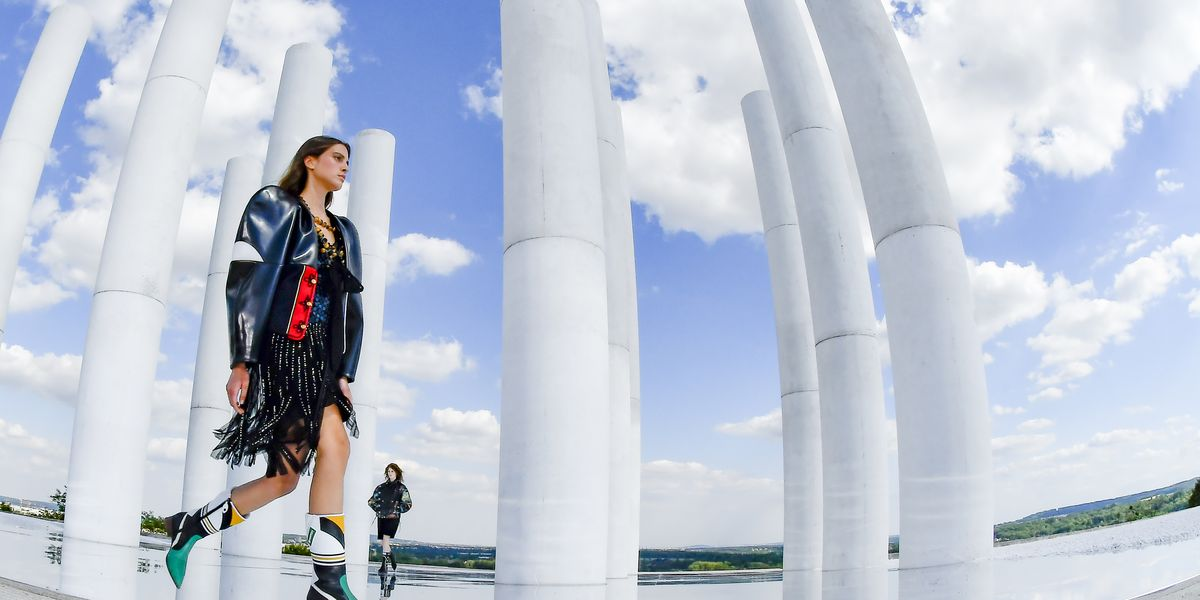 How To Livestream Louis Vuitton's Spring-Summer 2022 Show